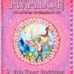 [PDF] [EPUB] All That Glitters (Avalon: Web of Magic, #2) Download
